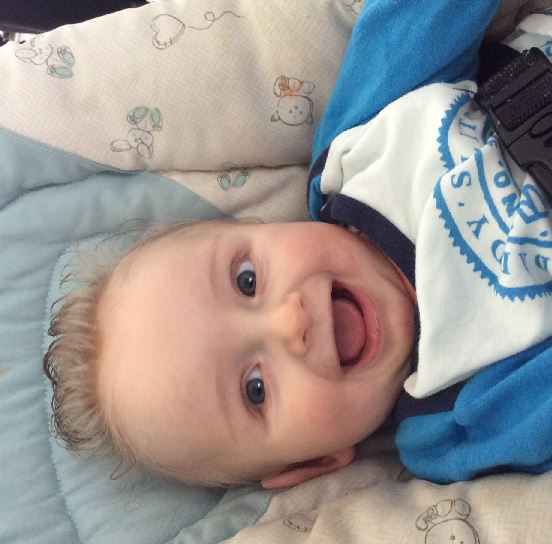 Baby van: Danielle en Anton - Geboren op: 15 augustus 2015 -  William is een vrolijke nieuwsgierige baby....