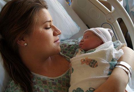 Geboren op: 4 juni 2014 - Sammie werd geboren in het ziekenhuis, en we genieten elke dag van hem!